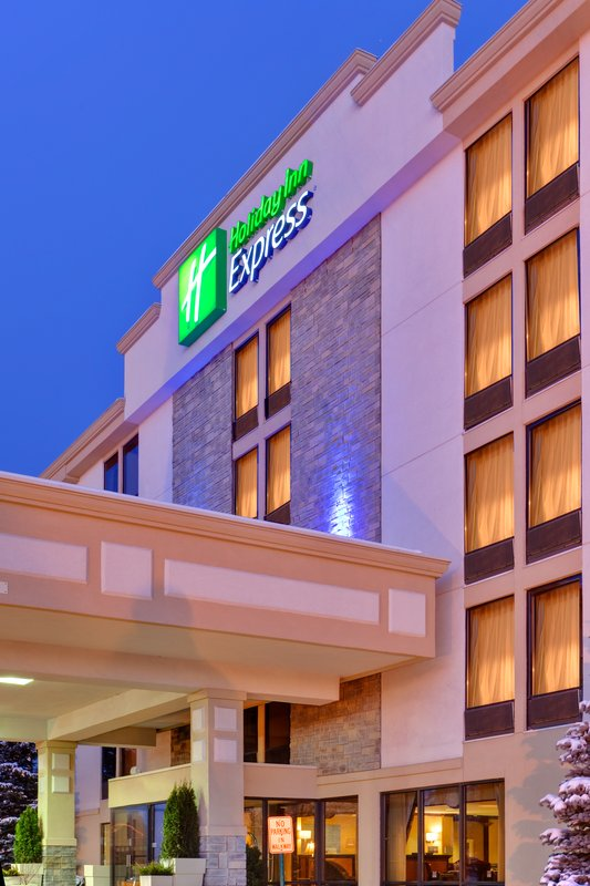 Holiday Inn Express Flint Campus